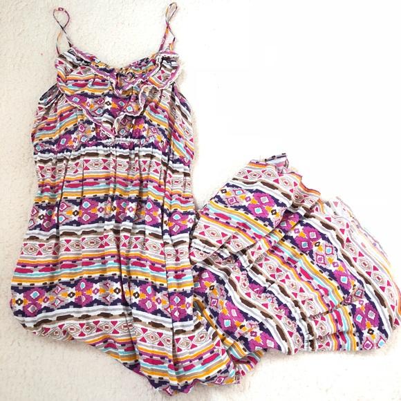 Dresses & Skirts - Woman's maxi dress size medium/small